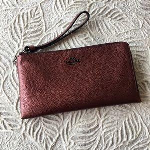 COACH double zip wristlet wallet